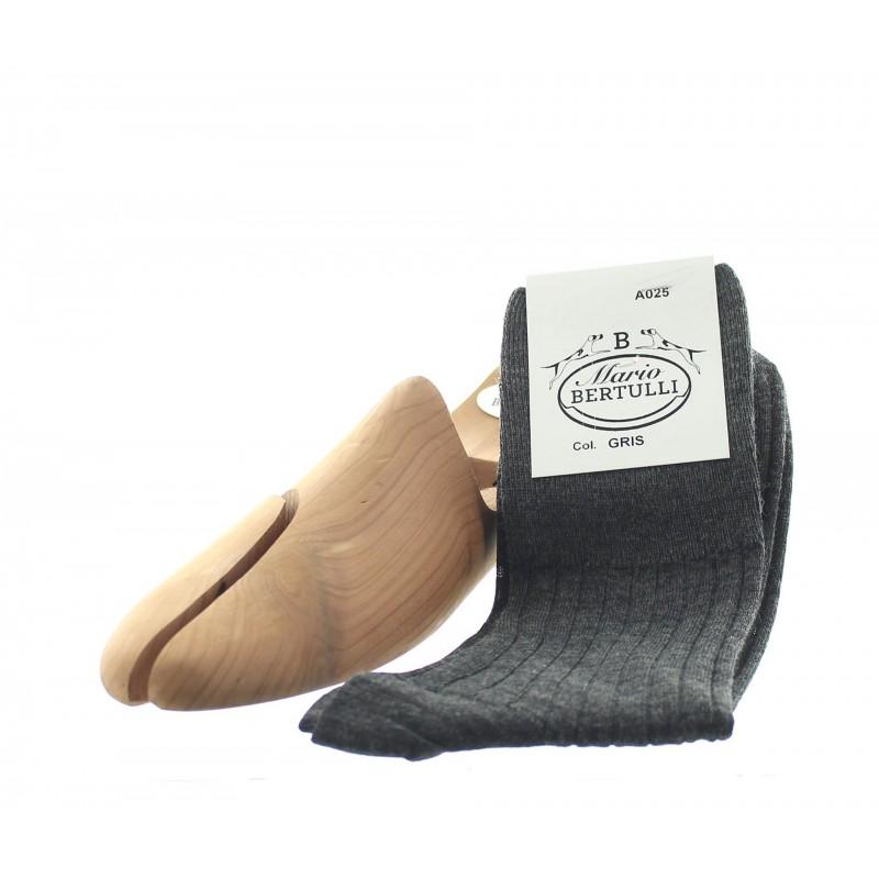 Vorderansicht  Socken ohne Druck in Grau | Herrenschuhe – Mario Bertulli