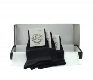 3 pairs black socks box